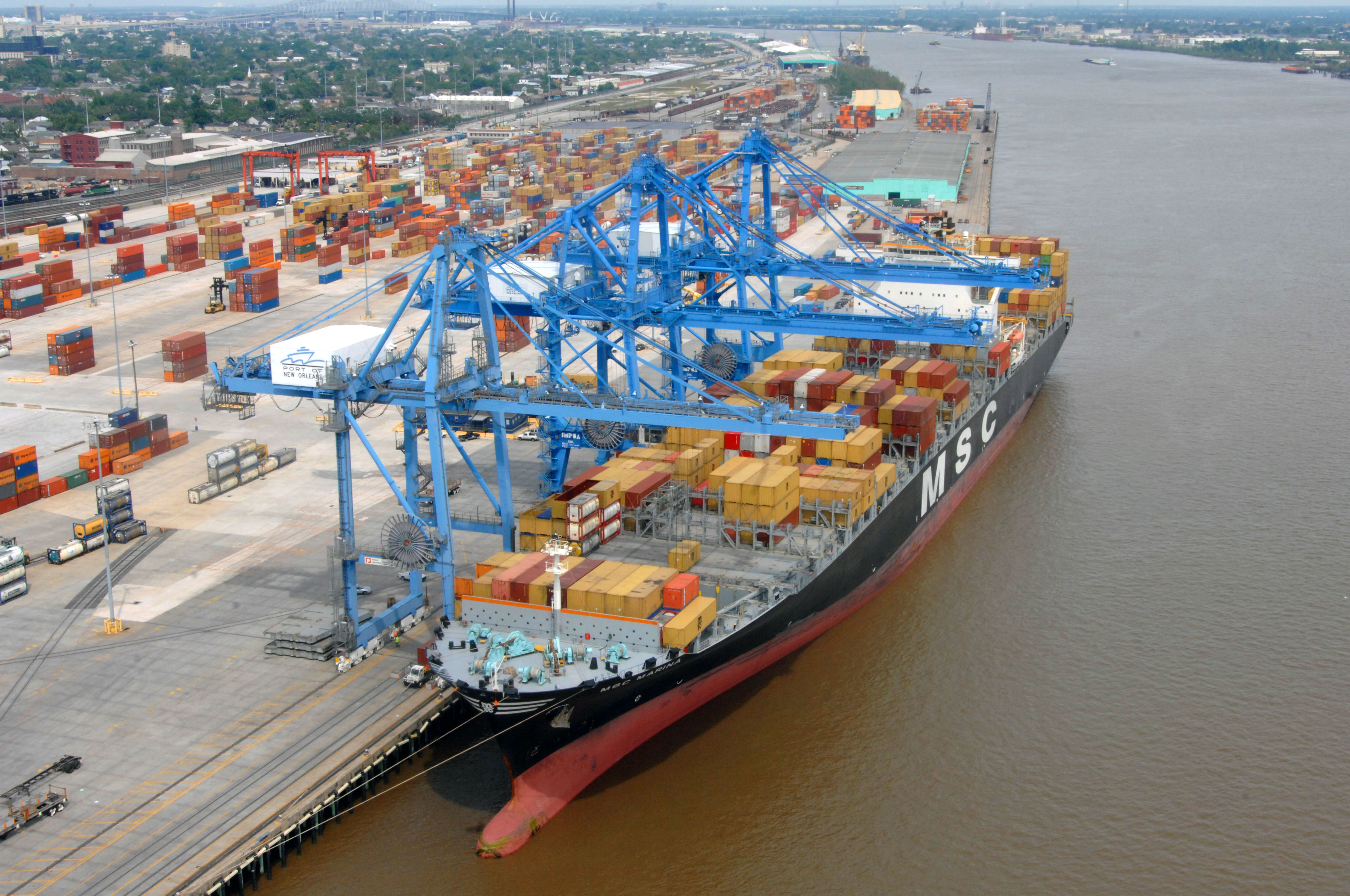 Container_ship_New_Orleans By Gnovick